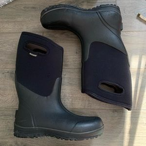 BOGS ultra high waterproof Insulated boots sz 10